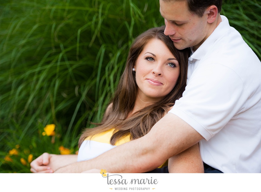 roswell_engagement_session_outdoor_candid_emotional_pictures_0016