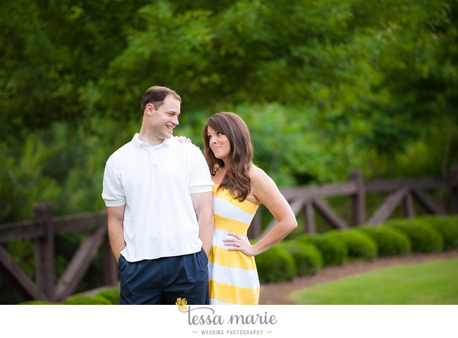 roswell_engagement_session_outdoor_candid_emotional_pictures_0017