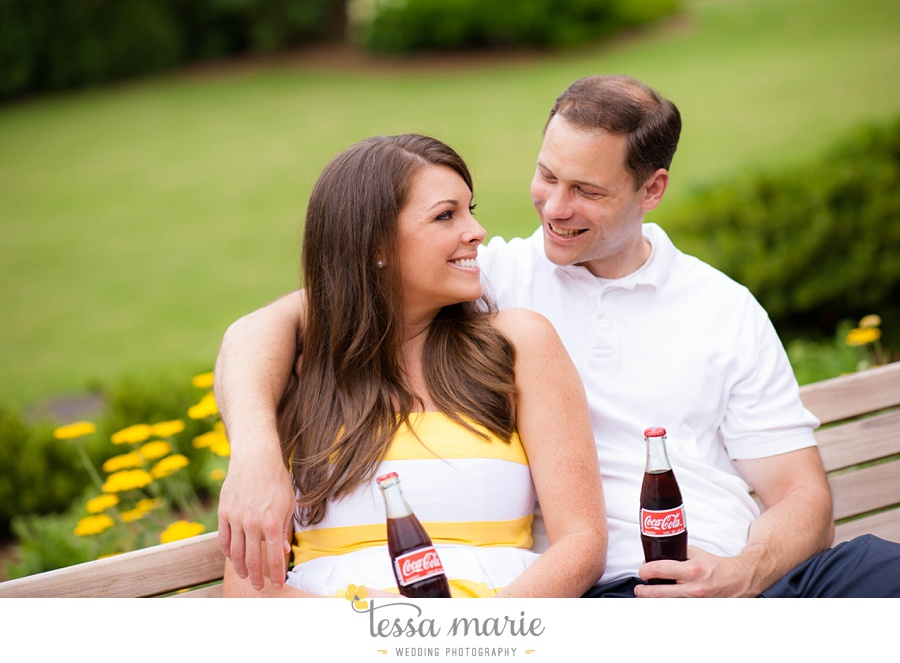 roswell_engagement_session_outdoor_candid_emotional_pictures_0025