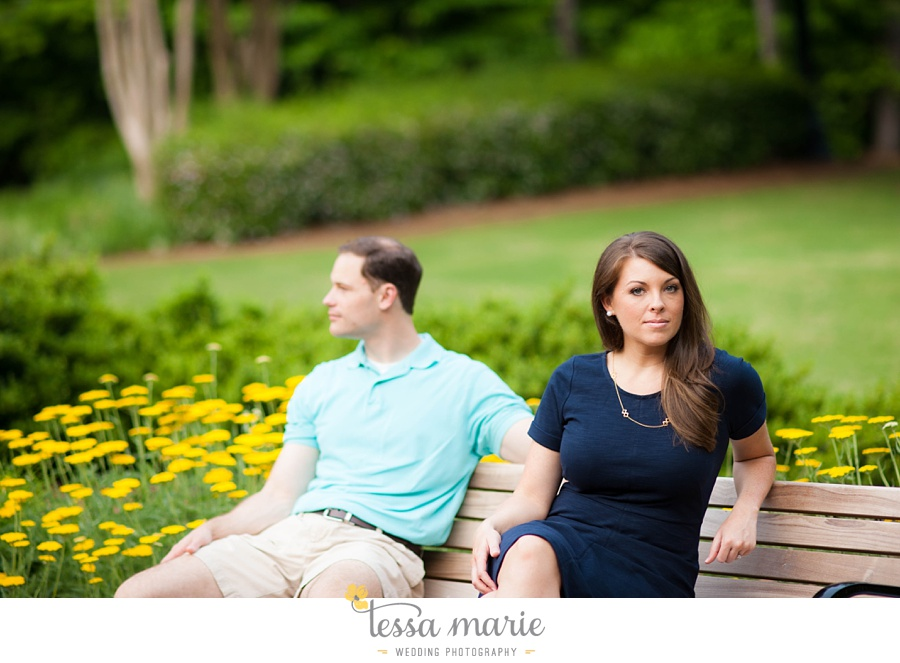roswell_engagement_session_outdoor_candid_emotional_pictures_0035