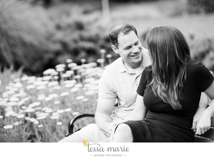 roswell_engagement_session_outdoor_candid_emotional_pictures_0036