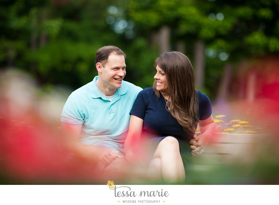 roswell_engagement_session_outdoor_candid_emotional_pictures_0037
