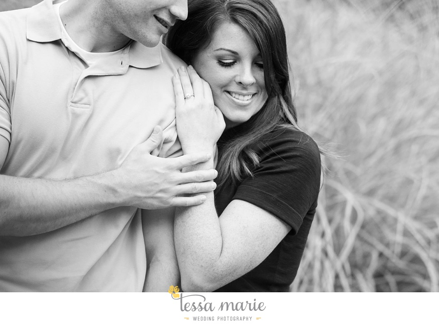 roswell_engagement_session_outdoor_candid_emotional_pictures_0044