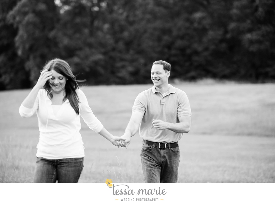 roswell_engagement_session_outdoor_candid_emotional_pictures_0052