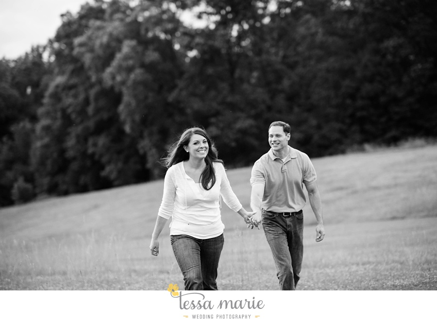 roswell_engagement_session_outdoor_candid_emotional_pictures_0053