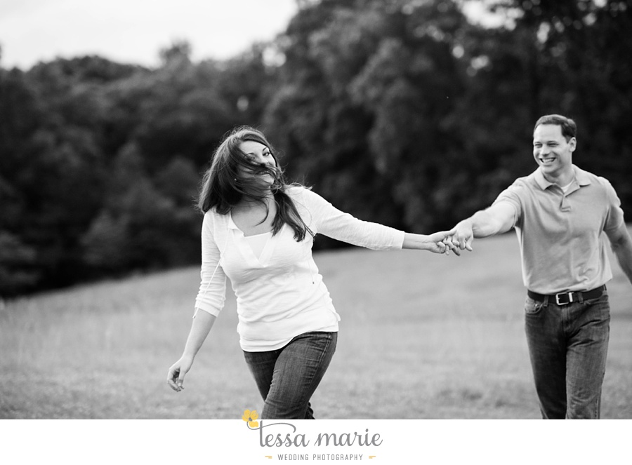 roswell_engagement_session_outdoor_candid_emotional_pictures_0055