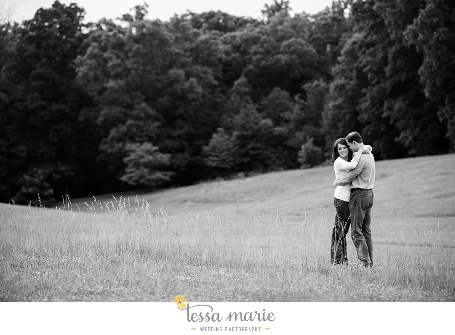 roswell_engagement_session_outdoor_candid_emotional_pictures_0056