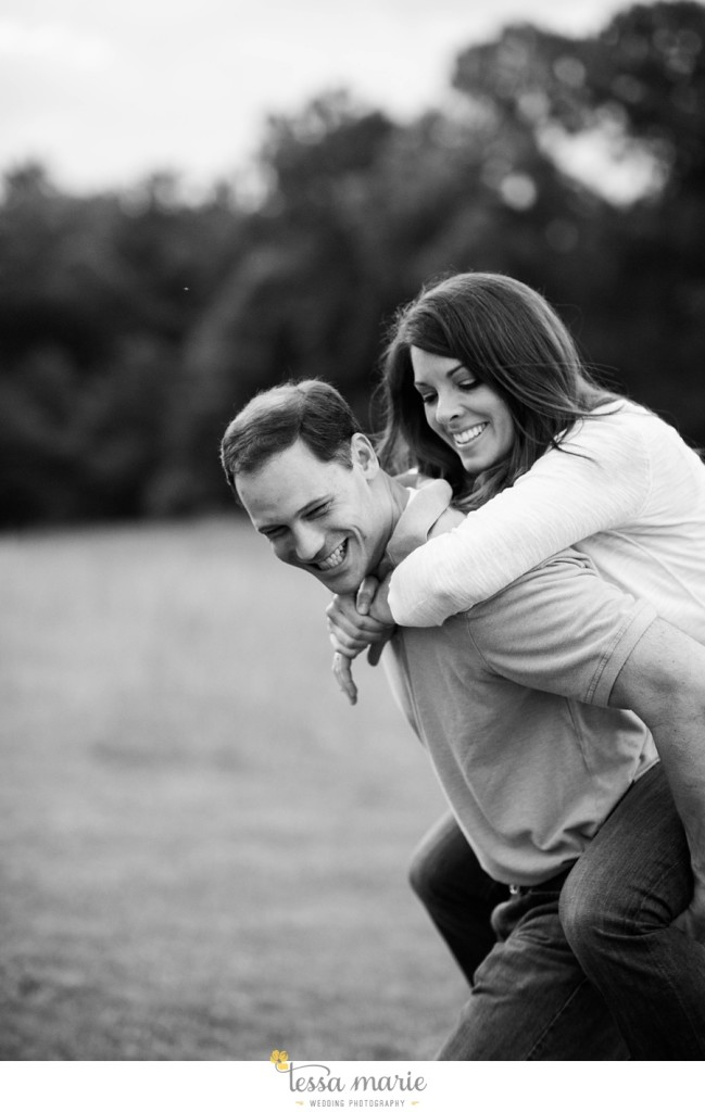 roswell_engagement_session_outdoor_candid_emotional_pictures_0060