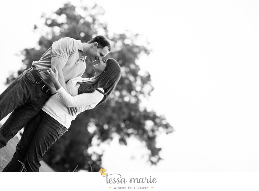 roswell_engagement_session_outdoor_candid_emotional_pictures_0061