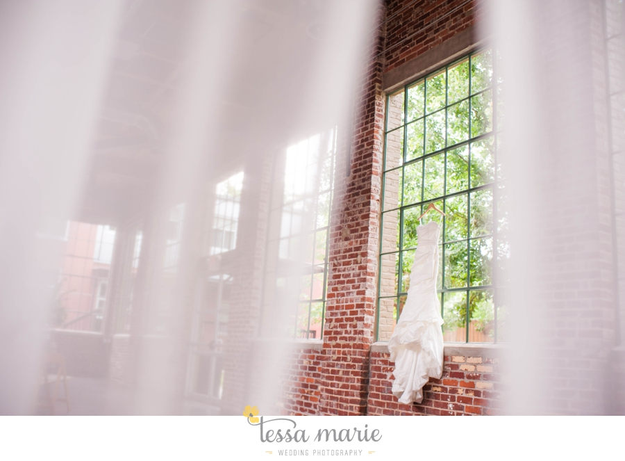 Puritan_Mill_foundry_wedding_candid_emotional_wedding_pictures_tessa_marie_hannah_jason_0213