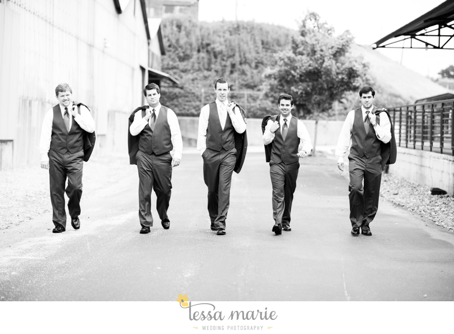 Puritan_Mill_foundry_wedding_candid_emotional_wedding_pictures_tessa_marie_hannah_jason_0228