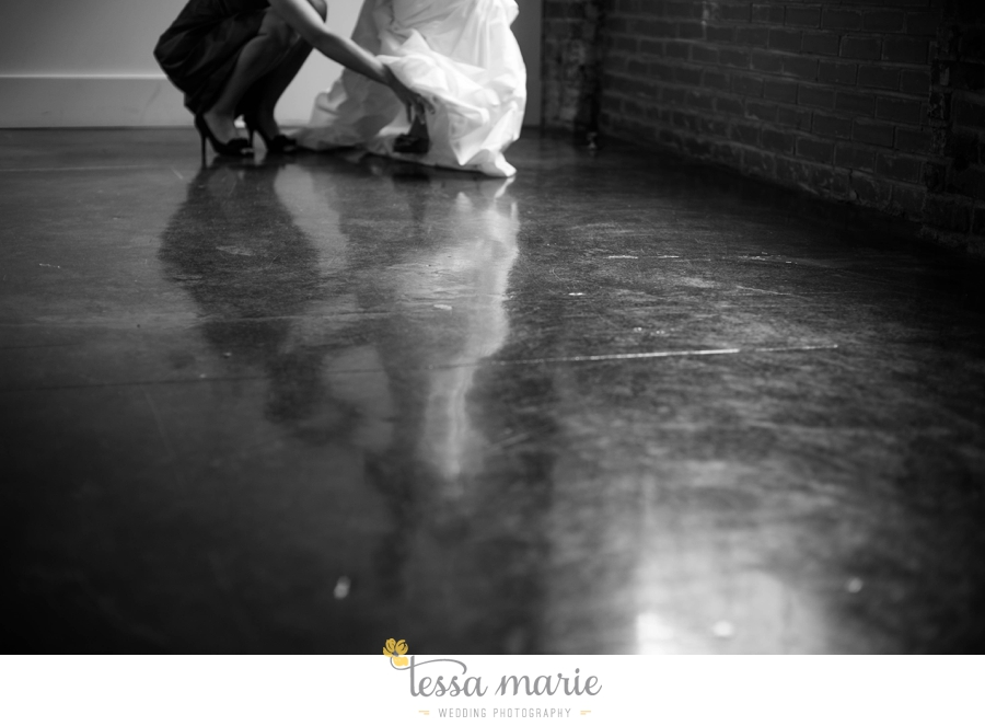 Puritan_Mill_foundry_wedding_candid_emotional_wedding_pictures_tessa_marie_hannah_jason_0234