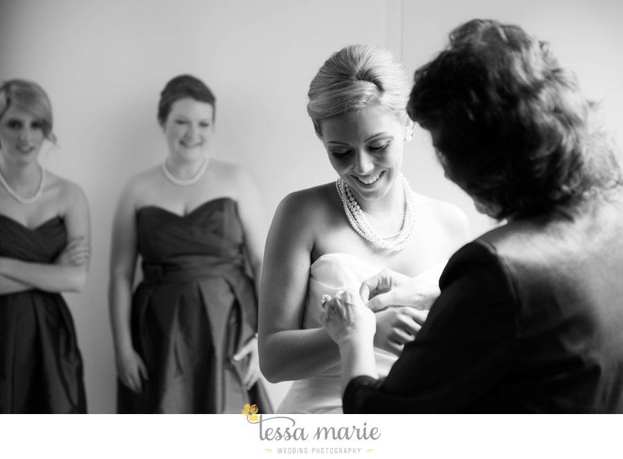 Puritan_Mill_foundry_wedding_candid_emotional_wedding_pictures_tessa_marie_hannah_jason_0238