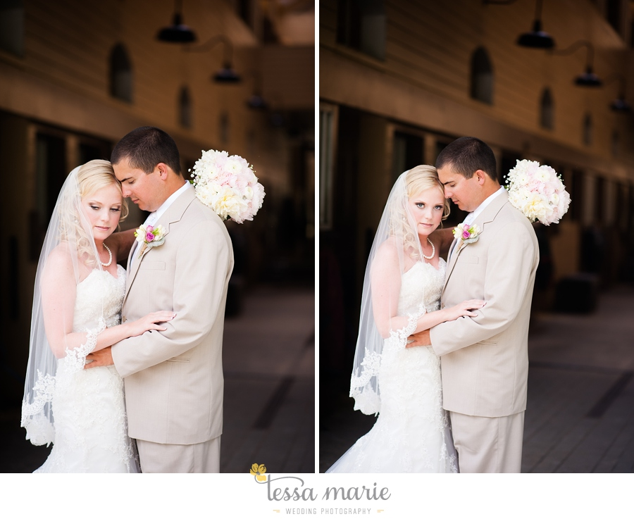 foxhall_wedding_outdoor_wedding_pictures_megan_rob_we_tie_the_knots_0048