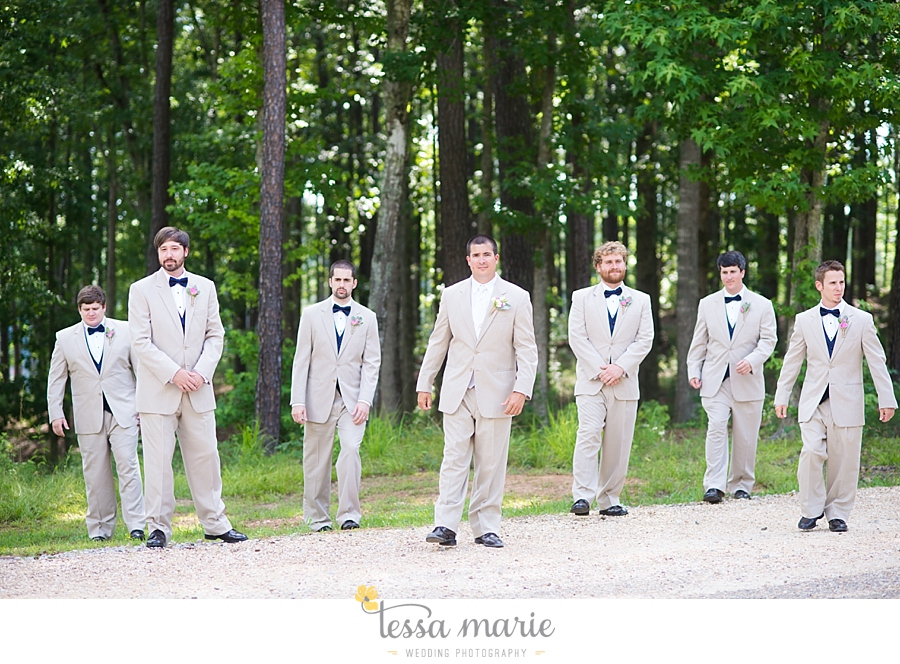 foxhall_wedding_outdoor_wedding_pictures_megan_rob_we_tie_the_knots_0063