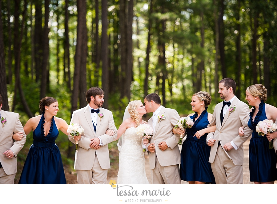 foxhall_wedding_outdoor_wedding_pictures_megan_rob_we_tie_the_knots_0067