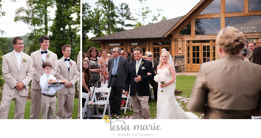 foxhall_wedding_outdoor_wedding_pictures_megan_rob_we_tie_the_knots_0083