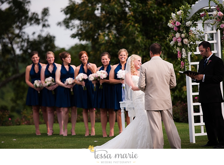 foxhall_wedding_outdoor_wedding_pictures_megan_rob_we_tie_the_knots_0085