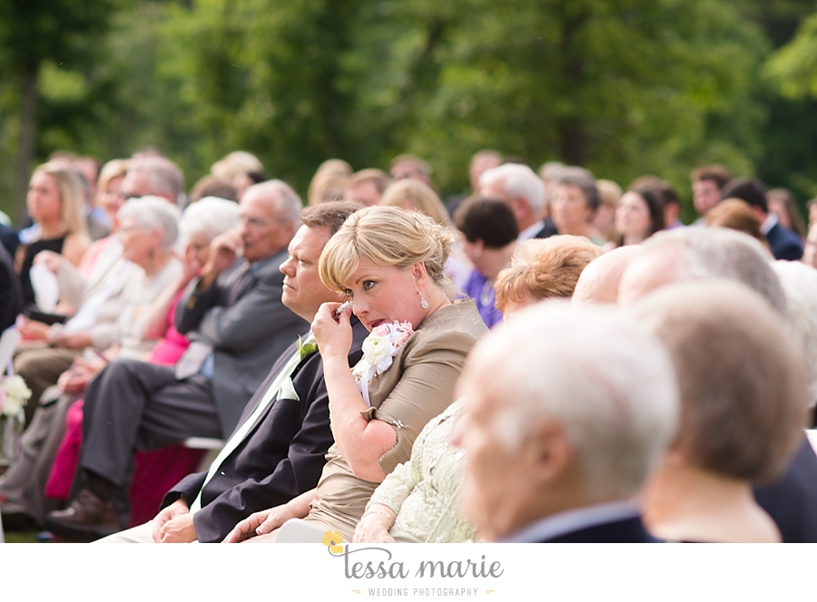 foxhall_wedding_outdoor_wedding_pictures_megan_rob_we_tie_the_knots_0087