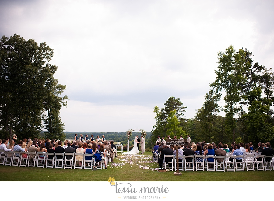 foxhall_wedding_outdoor_wedding_pictures_megan_rob_we_tie_the_knots_0088