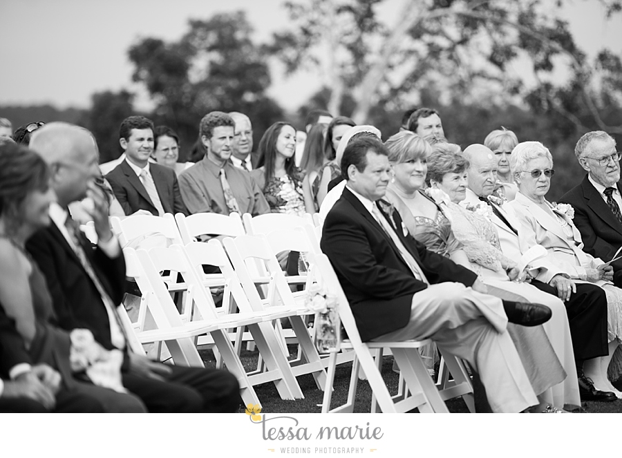 foxhall_wedding_outdoor_wedding_pictures_megan_rob_we_tie_the_knots_0089