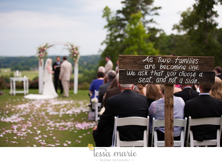 foxhall_wedding_outdoor_wedding_pictures_megan_rob_we_tie_the_knots_0090