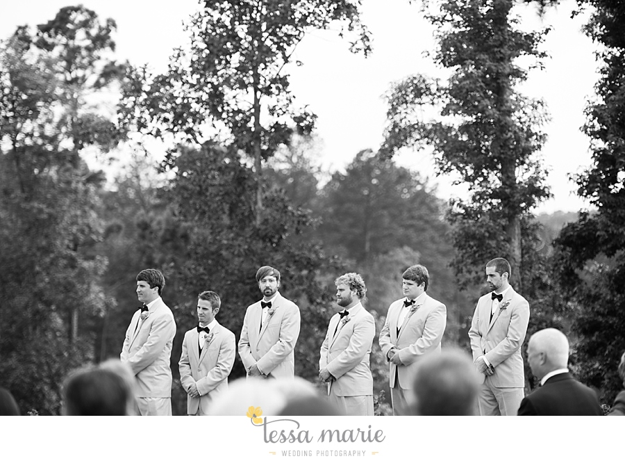 foxhall_wedding_outdoor_wedding_pictures_megan_rob_we_tie_the_knots_0091