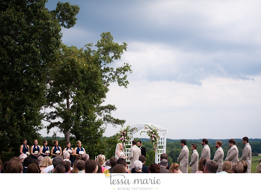 foxhall_wedding_outdoor_wedding_pictures_megan_rob_we_tie_the_knots_0095