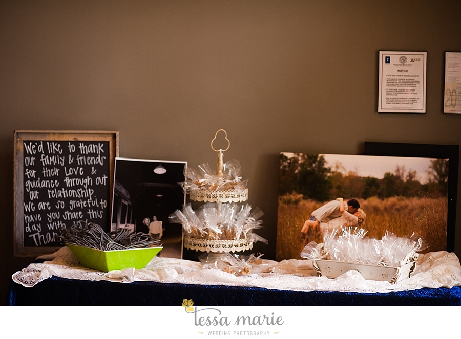 foxhall_wedding_outdoor_wedding_pictures_megan_rob_we_tie_the_knots_0117