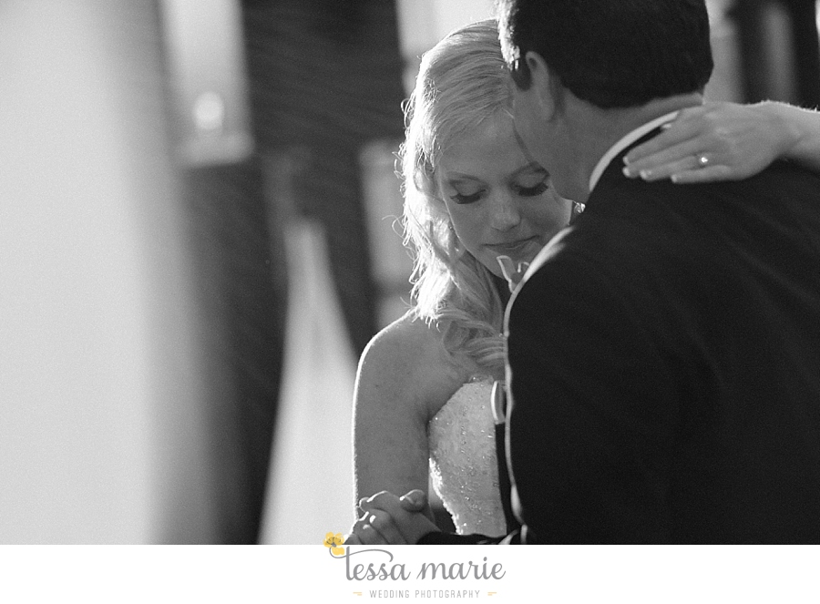 foxhall_wedding_outdoor_wedding_pictures_megan_rob_we_tie_the_knots_0141