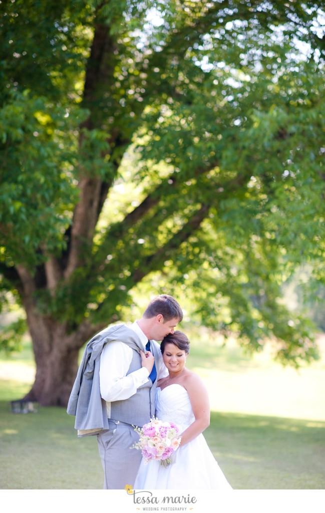 vinewoods_outdoor_wedding_pictures_atlantas_best_wedding_photographer_0044