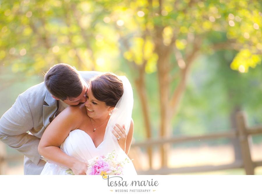 vinewoods_outdoor_wedding_pictures_atlantas_best_wedding_photographer_0089