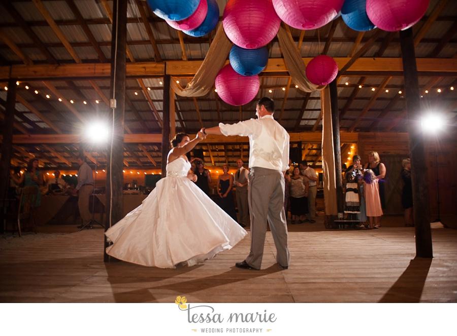 vinewoods_outdoor_wedding_pictures_atlantas_best_wedding_photographer_0123