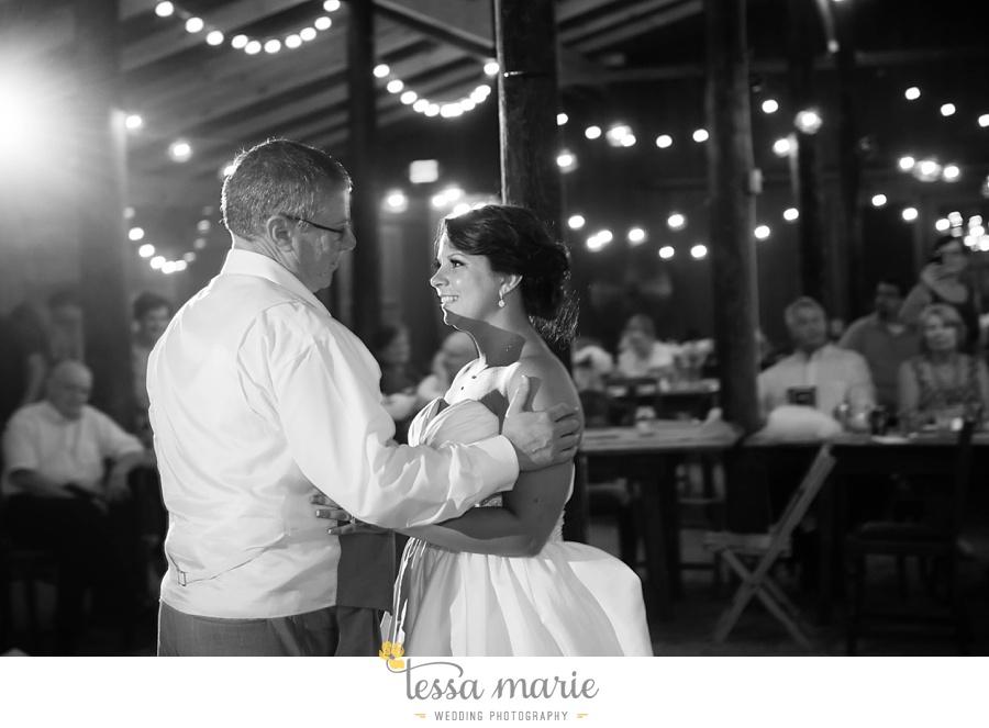 vinewoods_outdoor_wedding_pictures_atlantas_best_wedding_photographer_0125