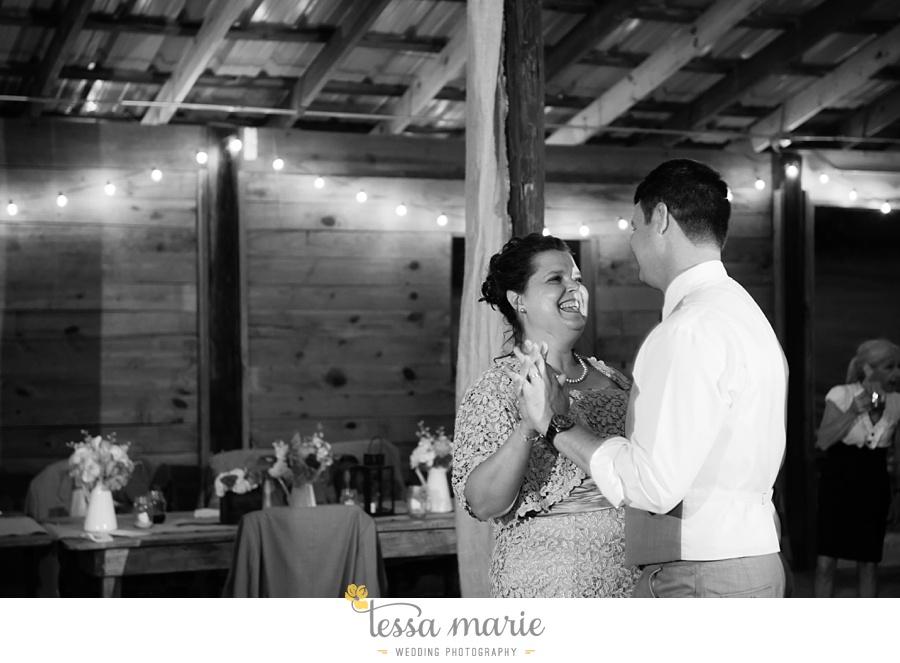 vinewoods_outdoor_wedding_pictures_atlantas_best_wedding_photographer_0126