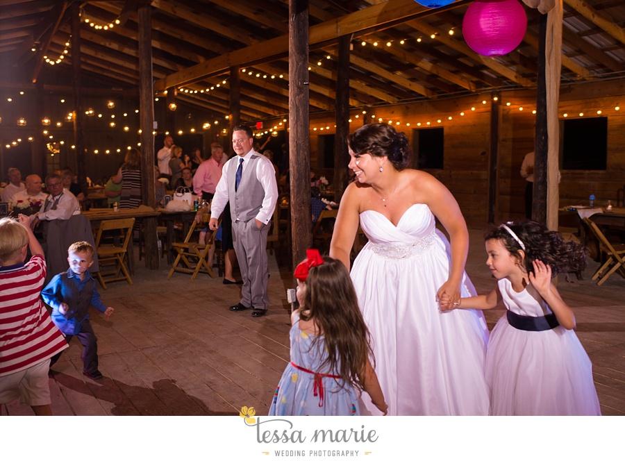 vinewoods_outdoor_wedding_pictures_atlantas_best_wedding_photographer_0128