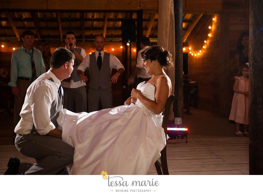 vinewoods_outdoor_wedding_pictures_atlantas_best_wedding_photographer_0135