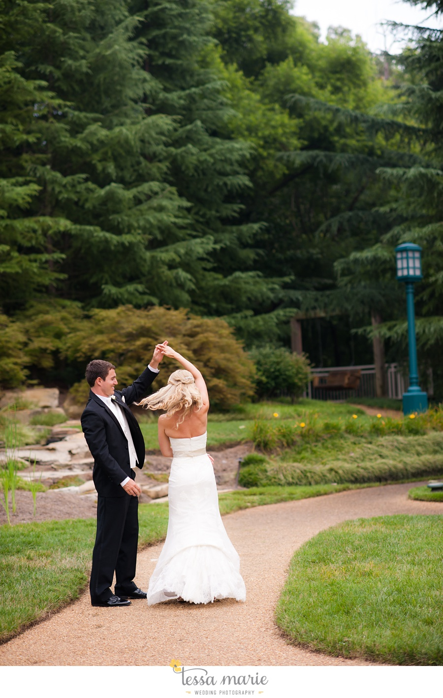 christ_the_king_wedding_pictures_Villa_christina_wedding_tessa_marie_weddings_0097