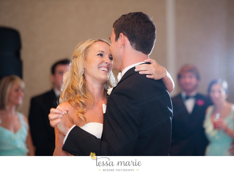 christ_the_king_wedding_pictures_Villa_christina_wedding_tessa_marie_weddings_0111