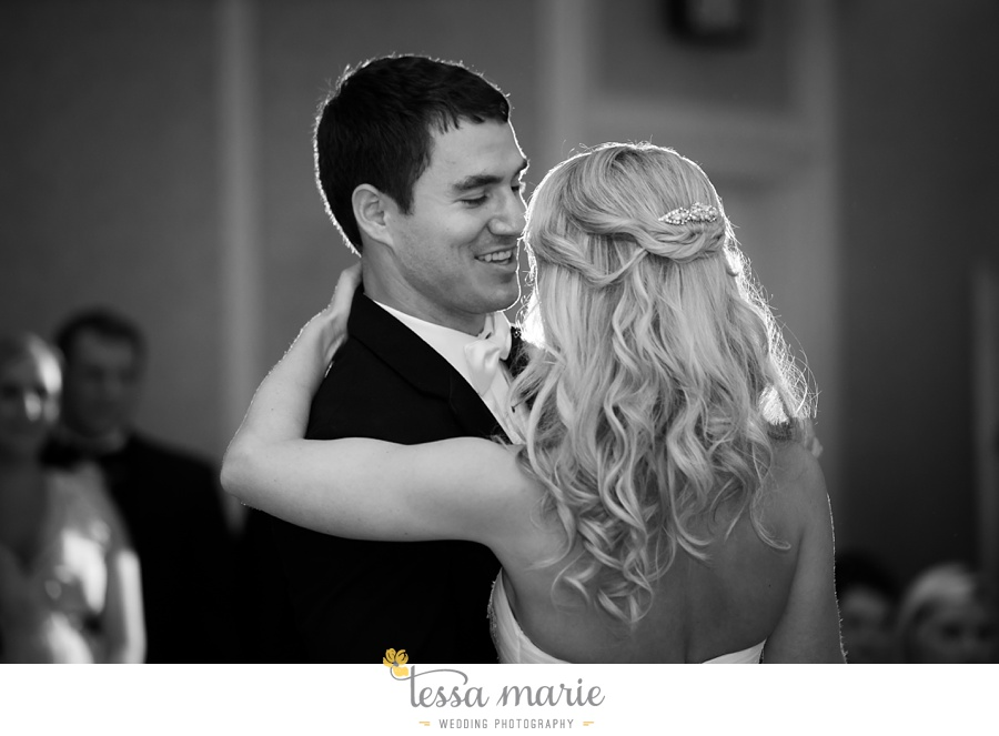 christ_the_king_wedding_pictures_Villa_christina_wedding_tessa_marie_weddings_0113