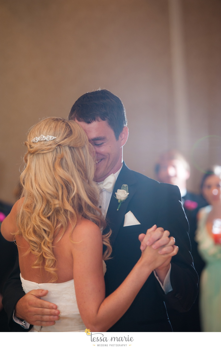 christ_the_king_wedding_pictures_Villa_christina_wedding_tessa_marie_weddings_0114