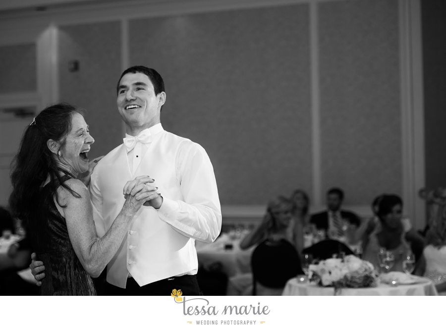 christ_the_king_wedding_pictures_Villa_christina_wedding_tessa_marie_weddings_0120