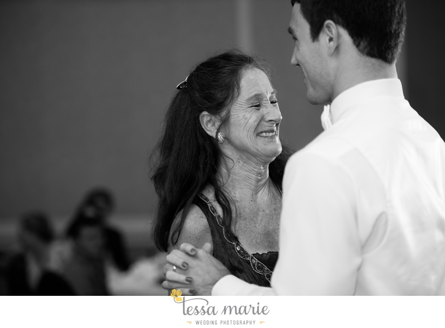 christ_the_king_wedding_pictures_Villa_christina_wedding_tessa_marie_weddings_0121