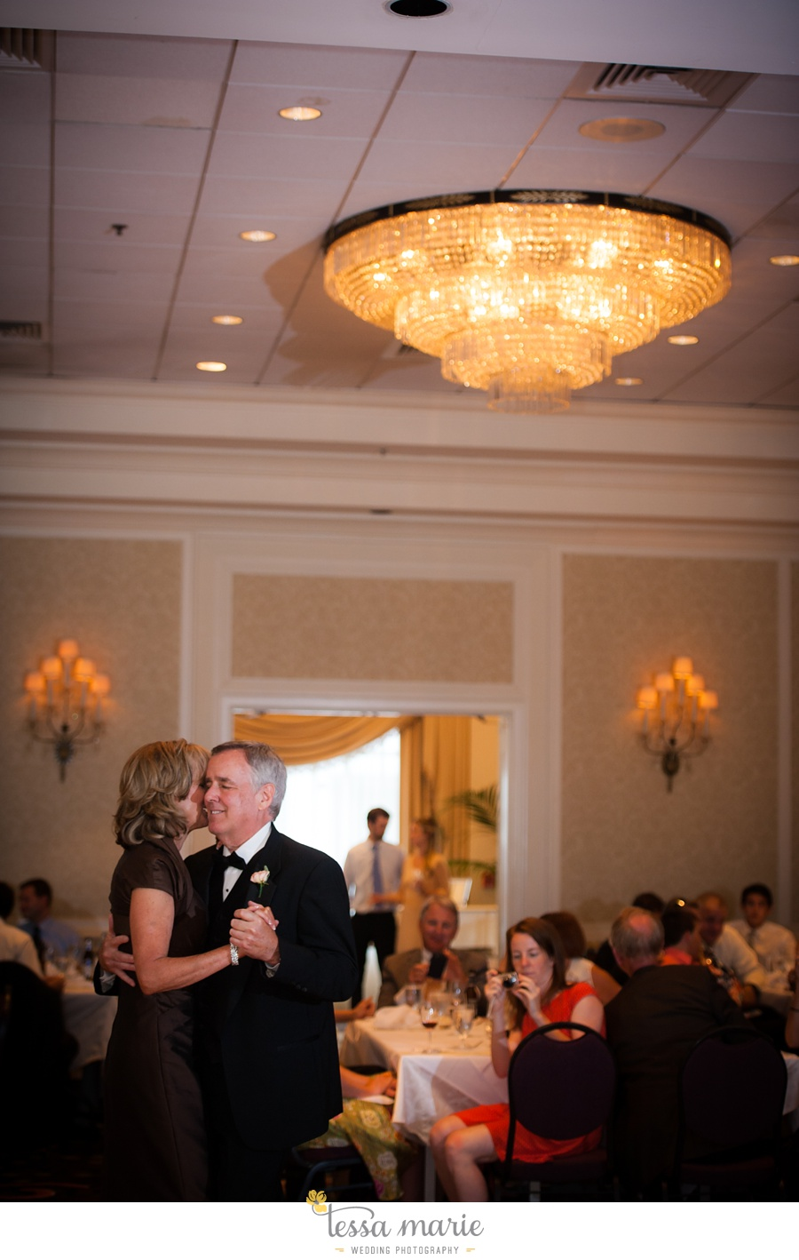 christ_the_king_wedding_pictures_Villa_christina_wedding_tessa_marie_weddings_0125