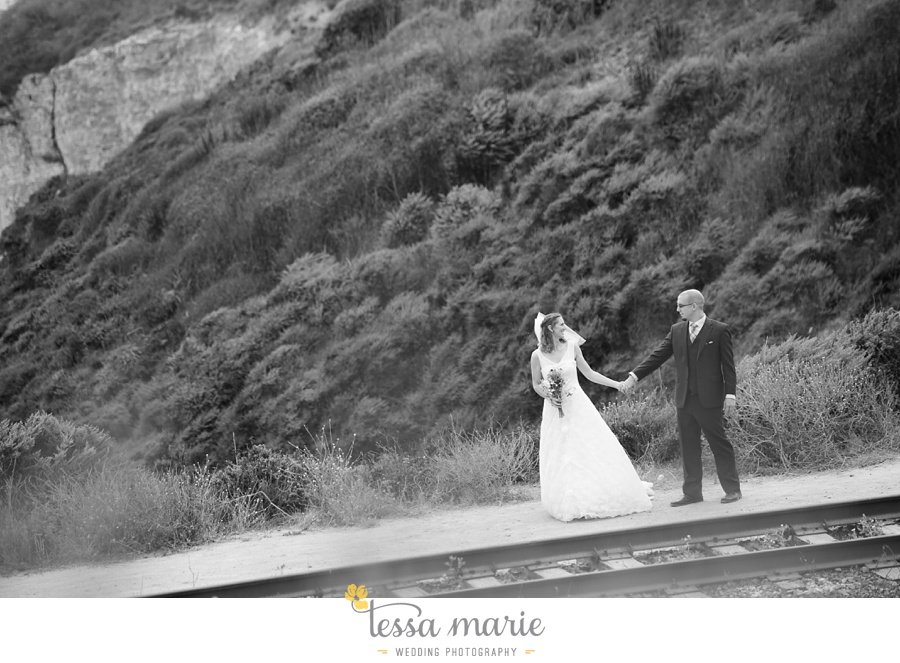 destination_wedding_sequoia_retreat_center_red_wood_forrest_california_coast_0085
