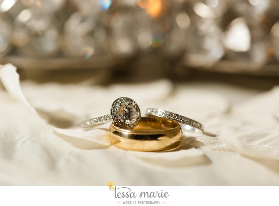 epic_wedding_ring_shots_tessa_marie_weddings_0001