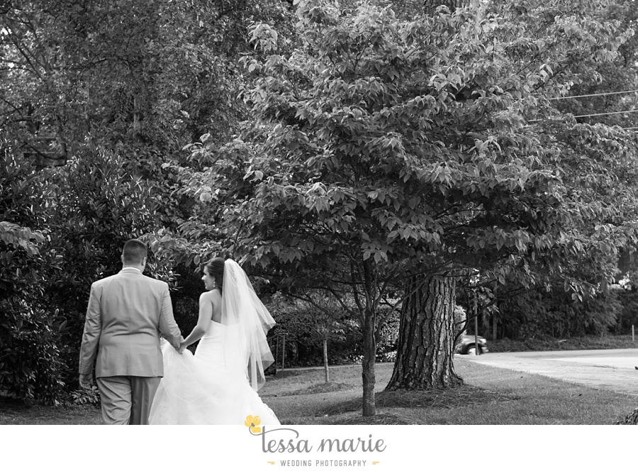 176_northside_united_methodist_church_fernbank_museum_wedding_pictures