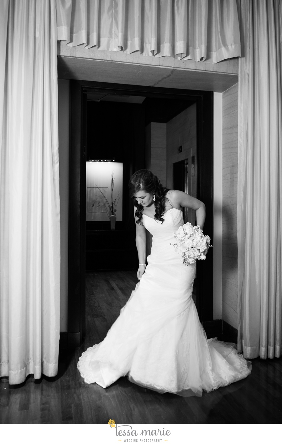 28_northside_united_methodist_church_fernbank_museum_wedding_pictures