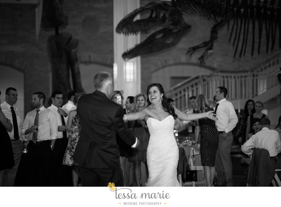 340_northside_united_methodist_church_fernbank_museum_wedding_pictures
