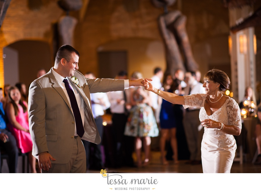 355_northside_united_methodist_church_fernbank_museum_wedding_pictures